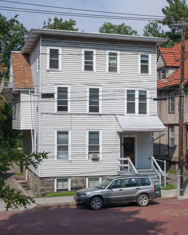 Ithaca, Great Location, One BR Apartment. photo #1