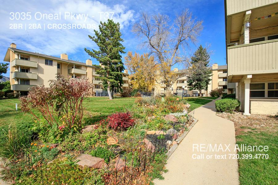 3035 Oneal Pkwy photo #1