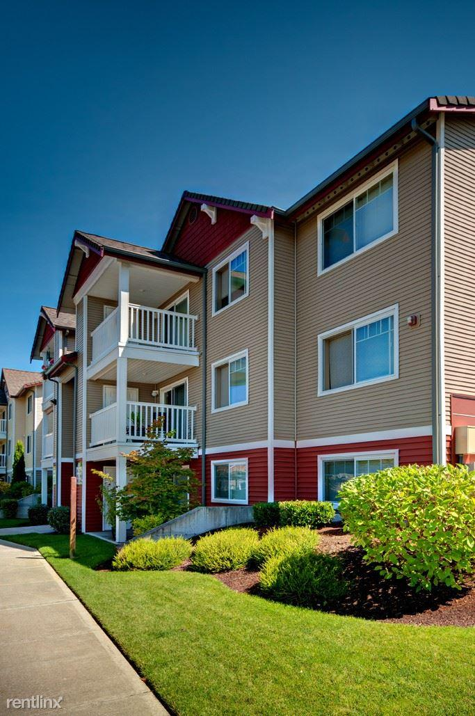 Polo club apartment homes apartments olympia wa walk score for Olympia home builders