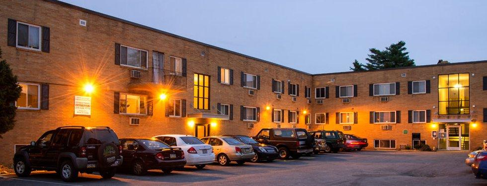 Leverington Court Apartments photo #1