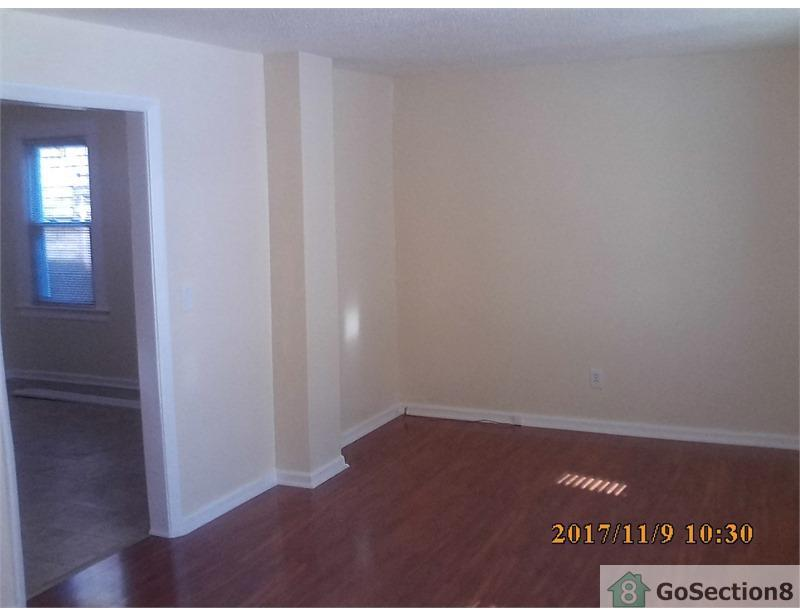 Springfield - Two BR Apartment for RentFirst Floor. $825/mo
