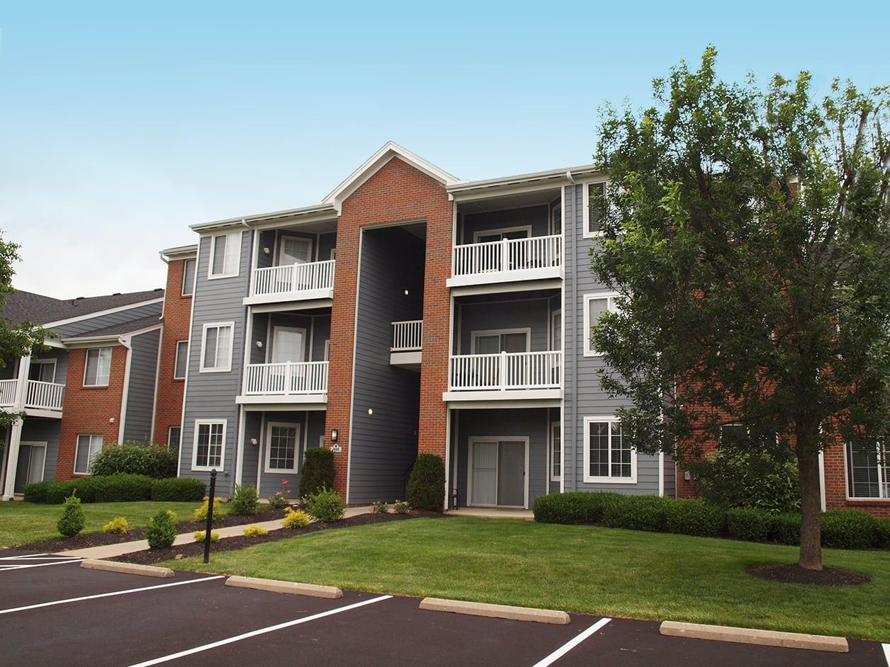 Sterling Lakes Apartments photo #1