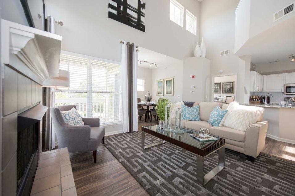 Grand Reserve of Naperville Apartments photo #1