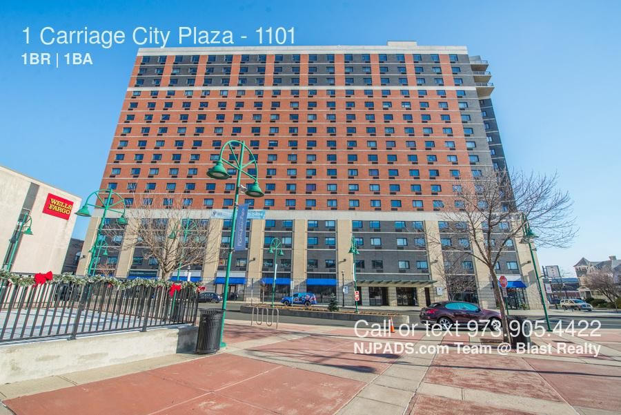 1 Carriage City Plaza photo #1