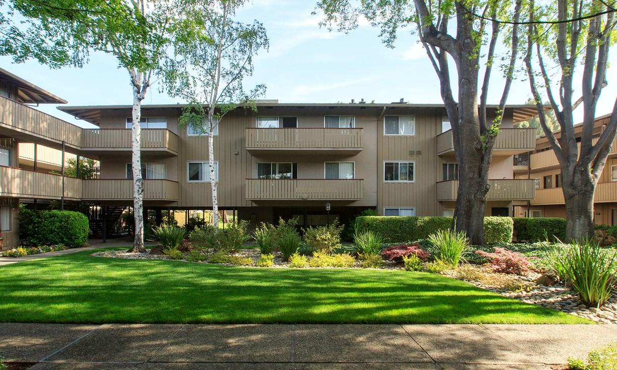 Standford Villa Steps Away from Stanford University Apartments photo #1