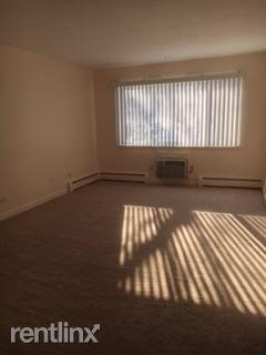 1608 Ogden Ave Apt 1E photo #1