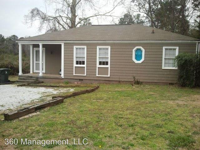 940-B Lakeview Dr photo #1