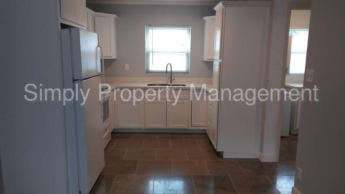 4216 North 19th Place photo #1