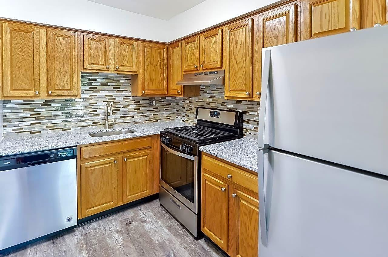 Chesterfield Apartment Homes Apartments photo #1