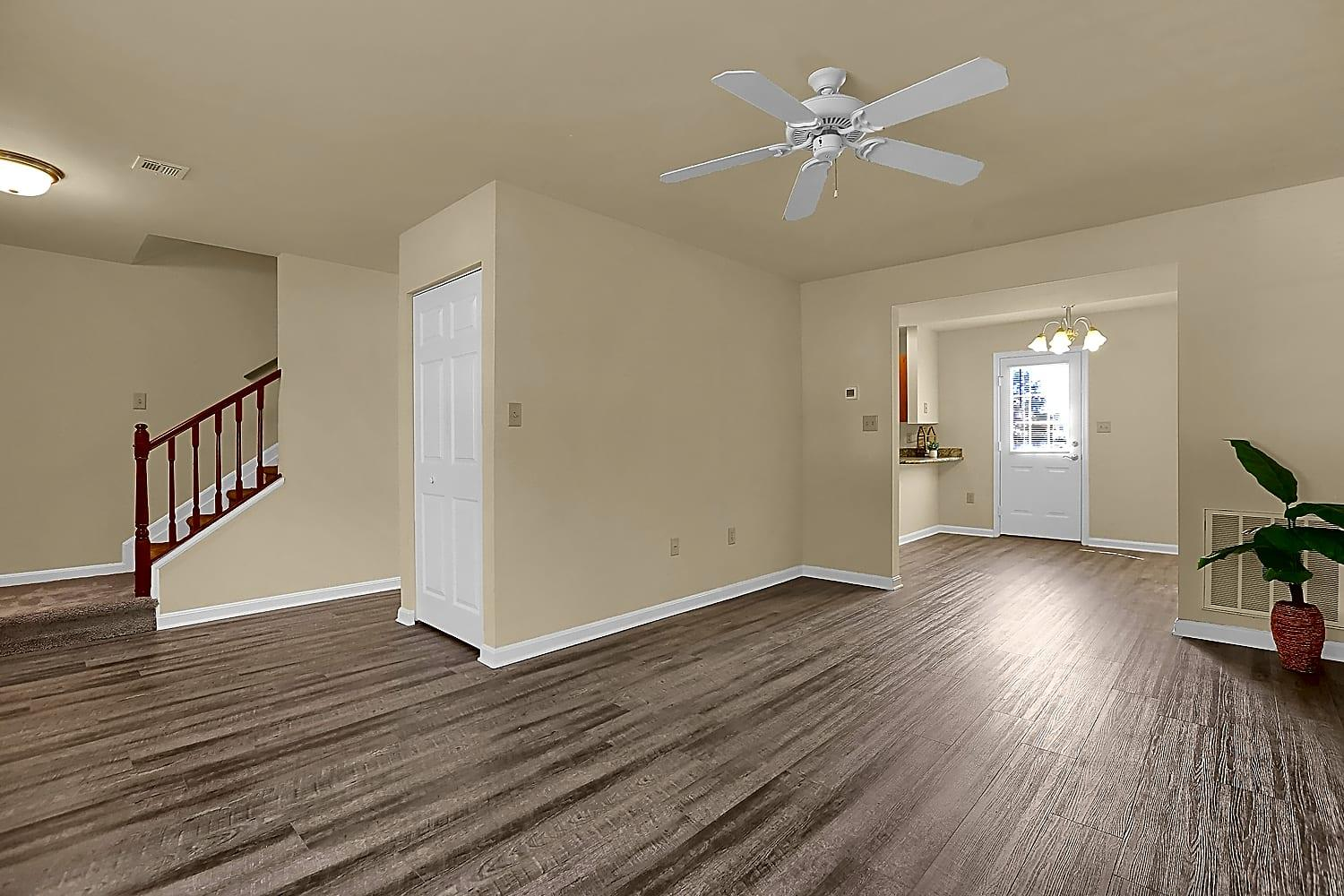 Rockledge Townhomes Apartments photo #1