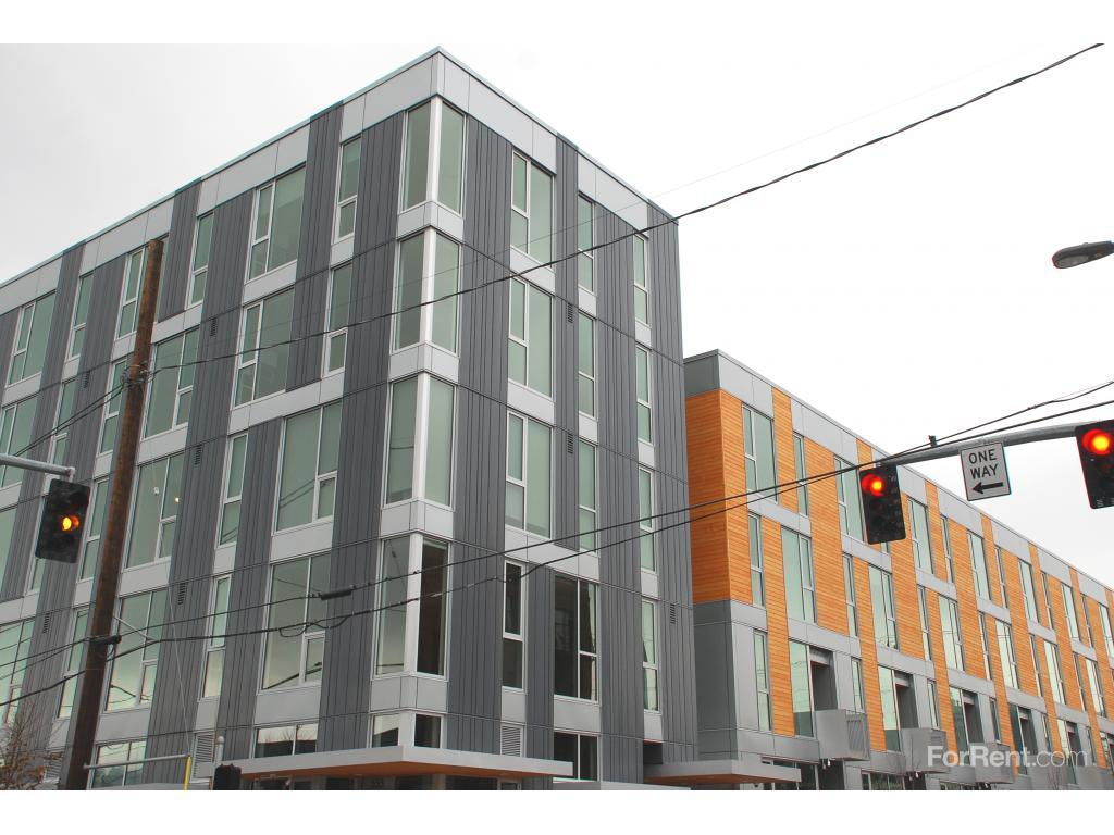 Central Eastside Lofts Apartments photo #1