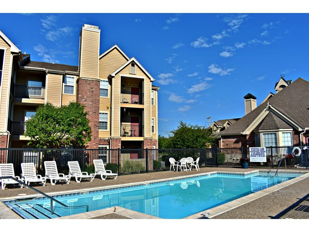 The Reserve Apartments, Lenexa KS - Walk Score