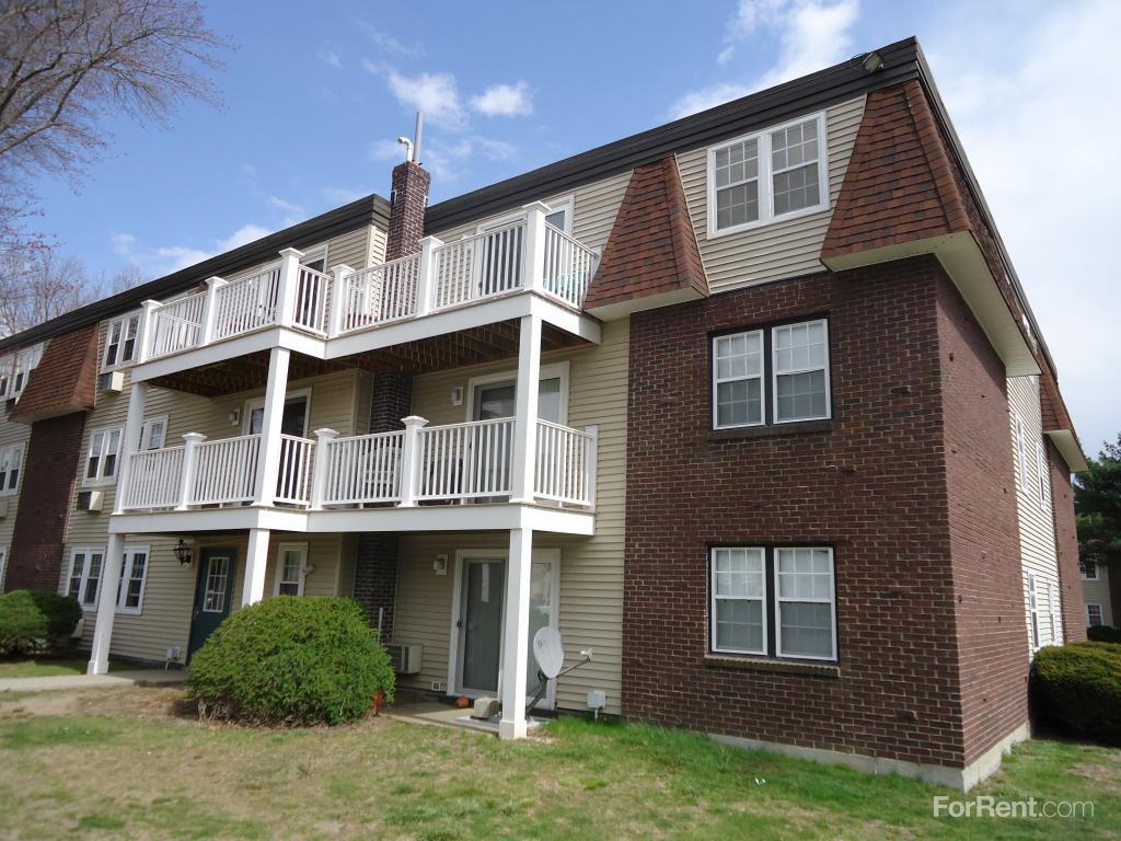 Kingswood Park Village Apartments, Bridgewater MA - Walk Score