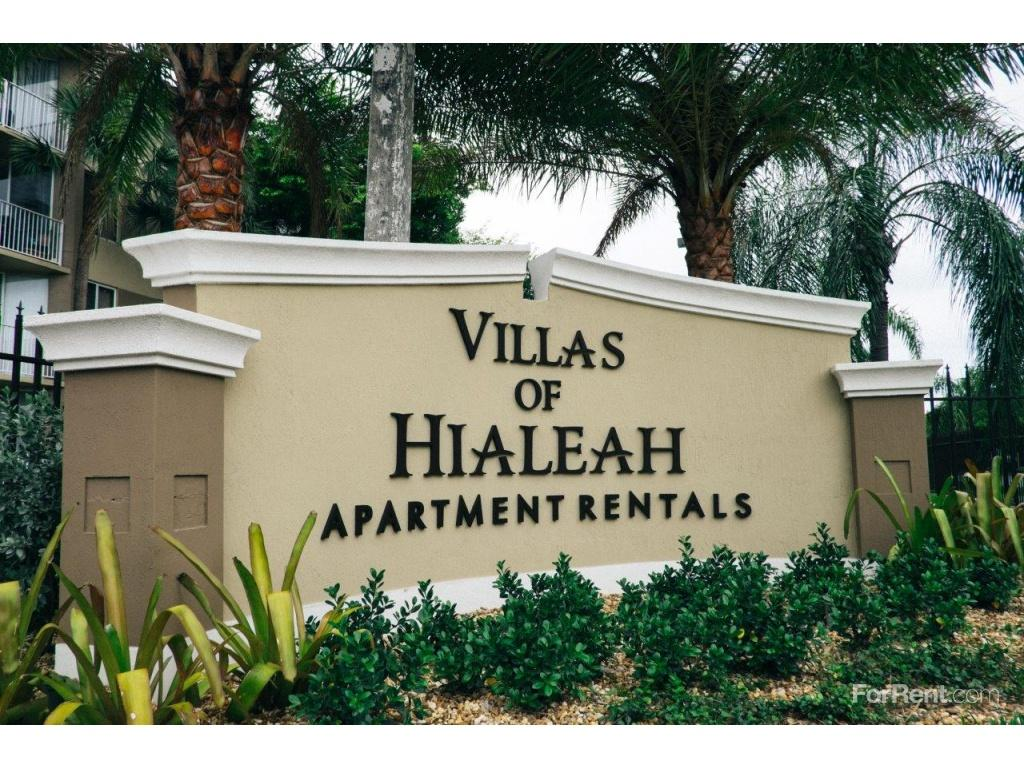 Villas of hialeah apartments hialeah fl walk score for Villas apartments