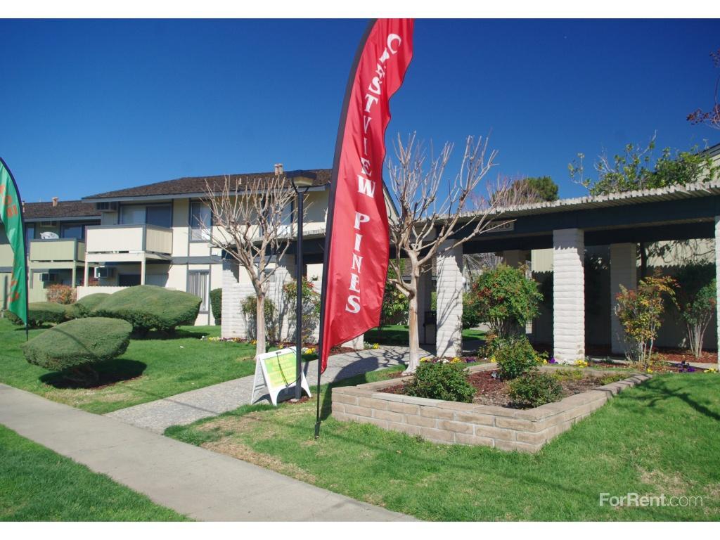 Crestview Pines Apartments photo #1