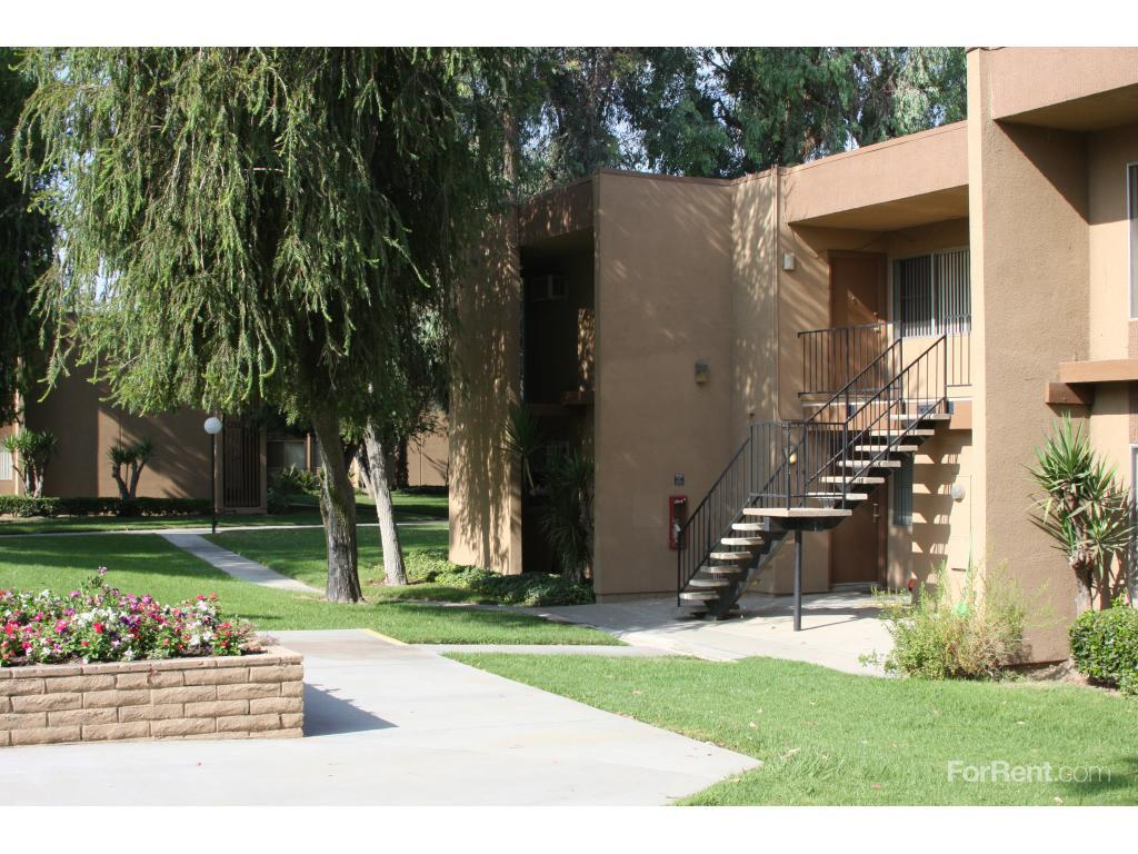 Springbrook Park Apts Apartments, Riverside CA - Walk Score