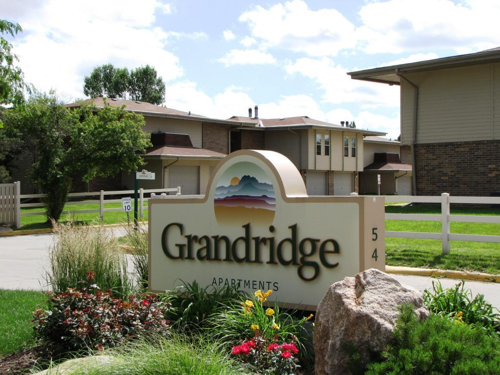 Grandridge Apartments photo #1