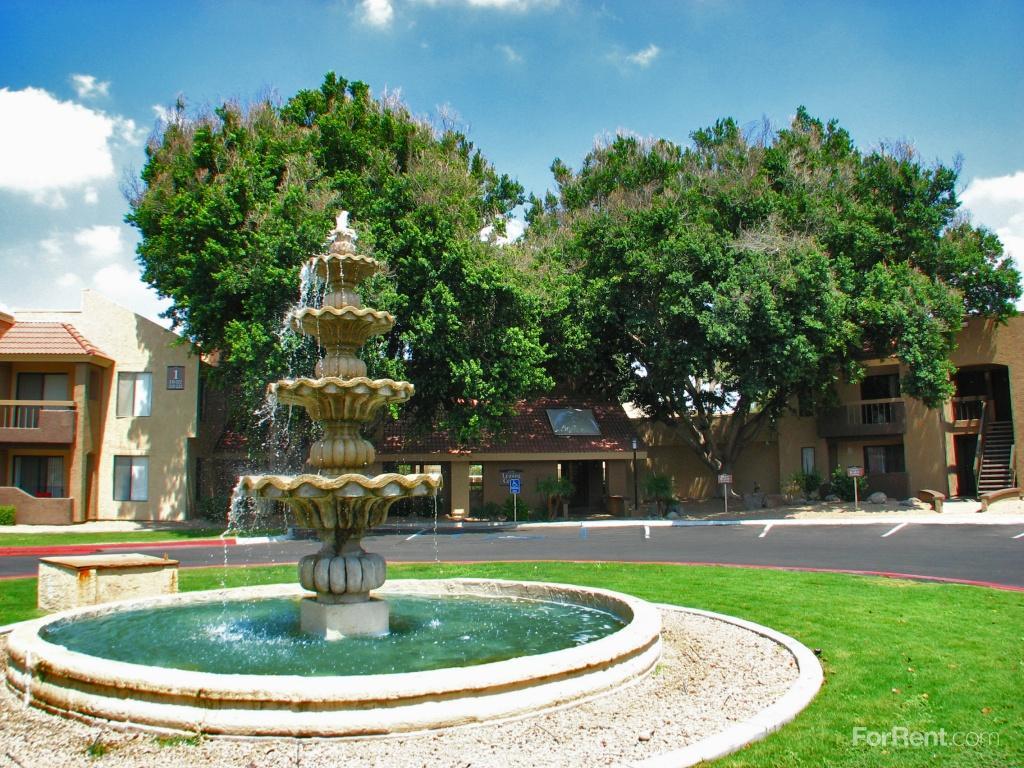 Arroyo Villas Apartments photo #1