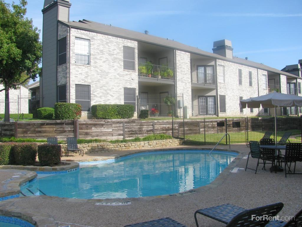 Waterford On The Green Apartments, North Richland Hills TX - Walk ...