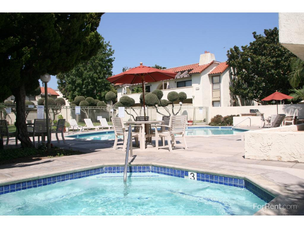 La Villita Apartments Fullerton Ca