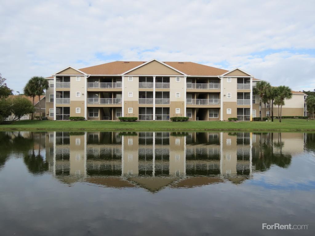 Village Lakes Apartments photo #1