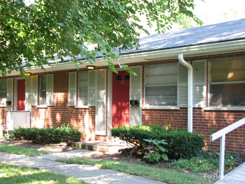 Leesburg Lane Apts Apartments photo #1