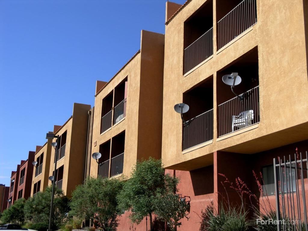 Alta Vista Apts Apartments photo #1