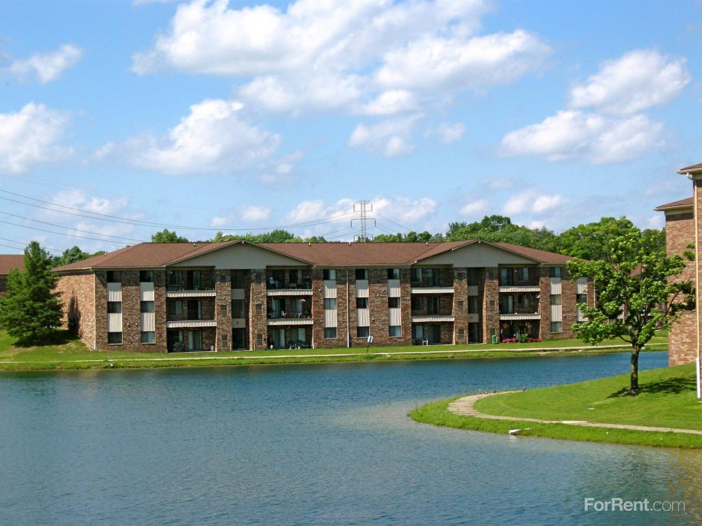 Crystal Lake Apartments Shelby Township Mi
