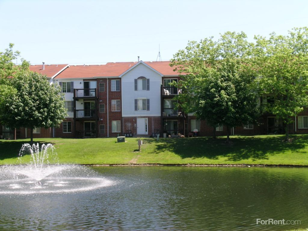 Orchard Lakes Apartments Wood Dale Illinois