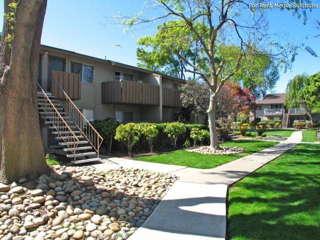 Garden Walk Apartments: Almaden 1930 Garden Apartments, San Jose CA