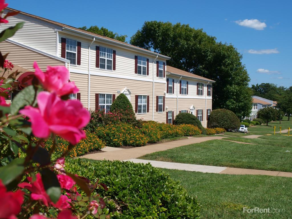 Southpointe Landing Apartments photo #1
