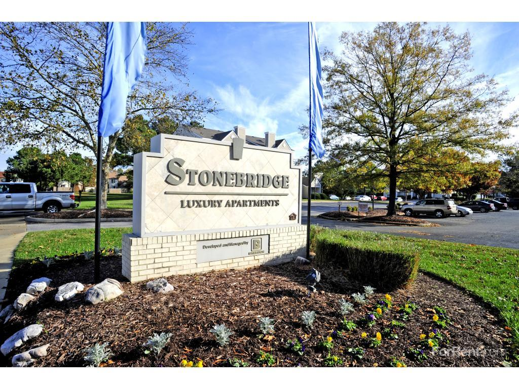 Stonebridge Luxury Apartments photo #1