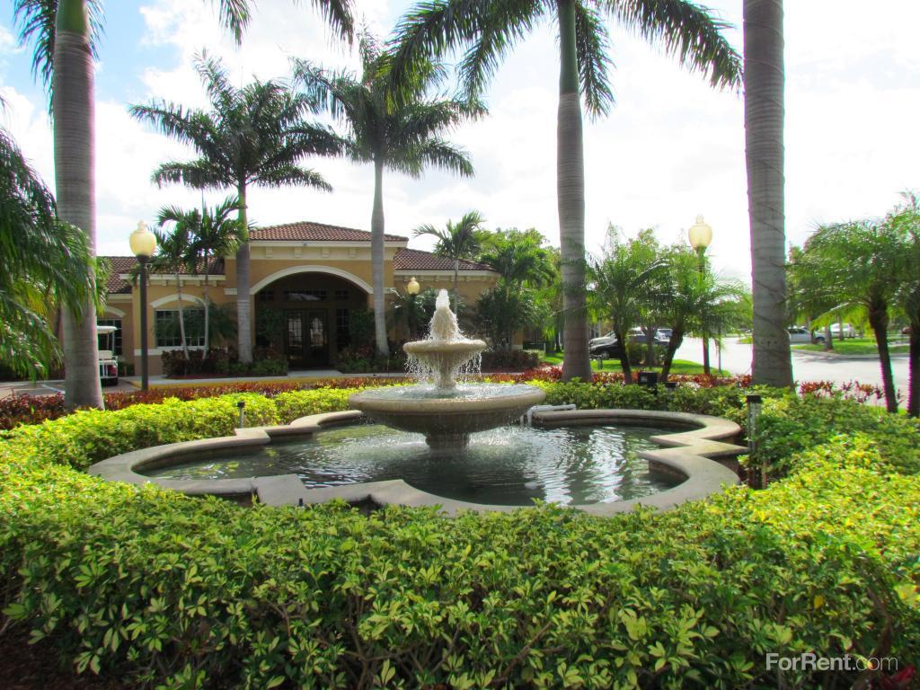 Renaissance Apartments West Palm Beach Fl