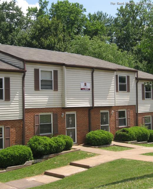 Woodbridge Apartments: Woodbridge Townhomes Apartments, Winston-Salem NC