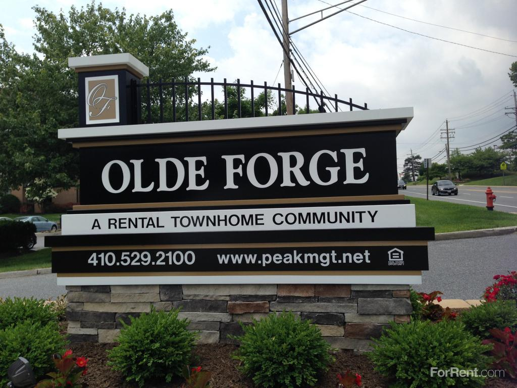 Olde Forge Townhomes And Hallfield Manor Apartments Perry