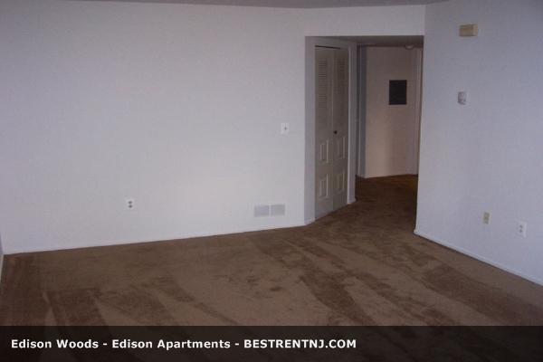 Edison Woods Apartments, EDISON NJ - Walk Score