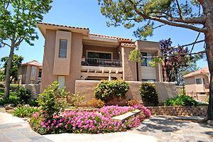 Bella Del Mar Apartments photo #1