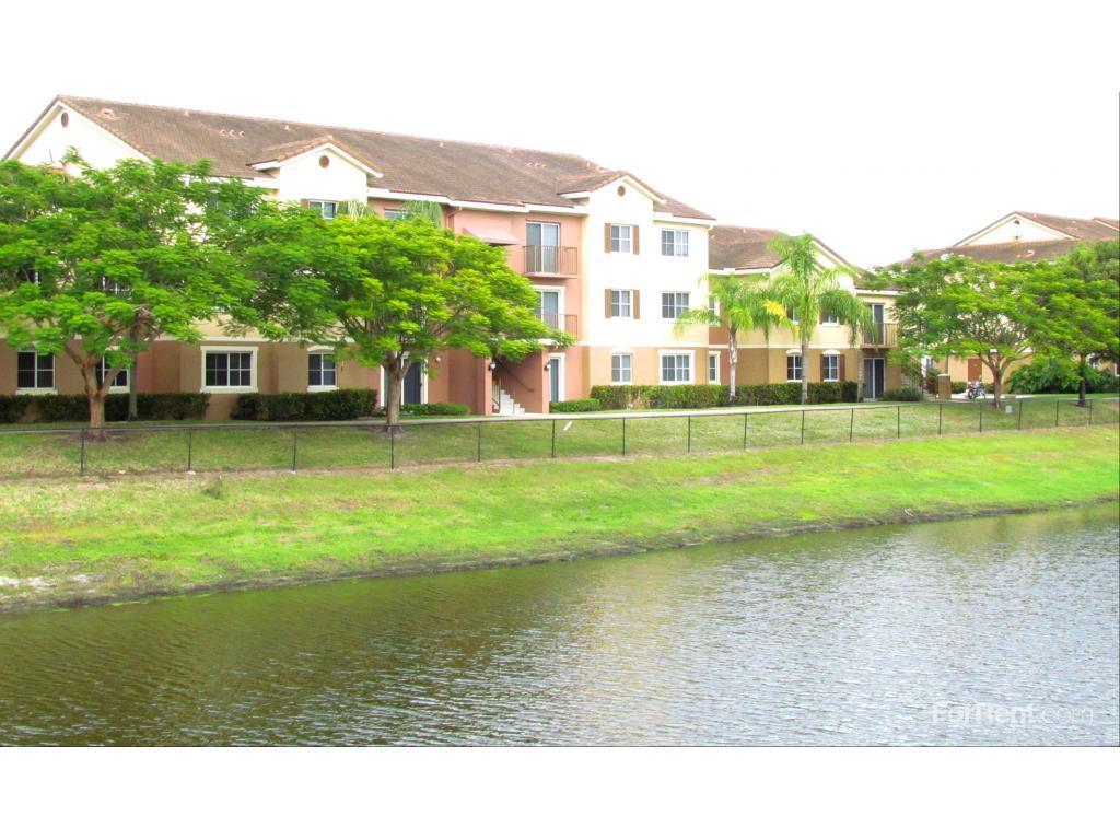 Sanctuary Cove Apartments North Lauderdale