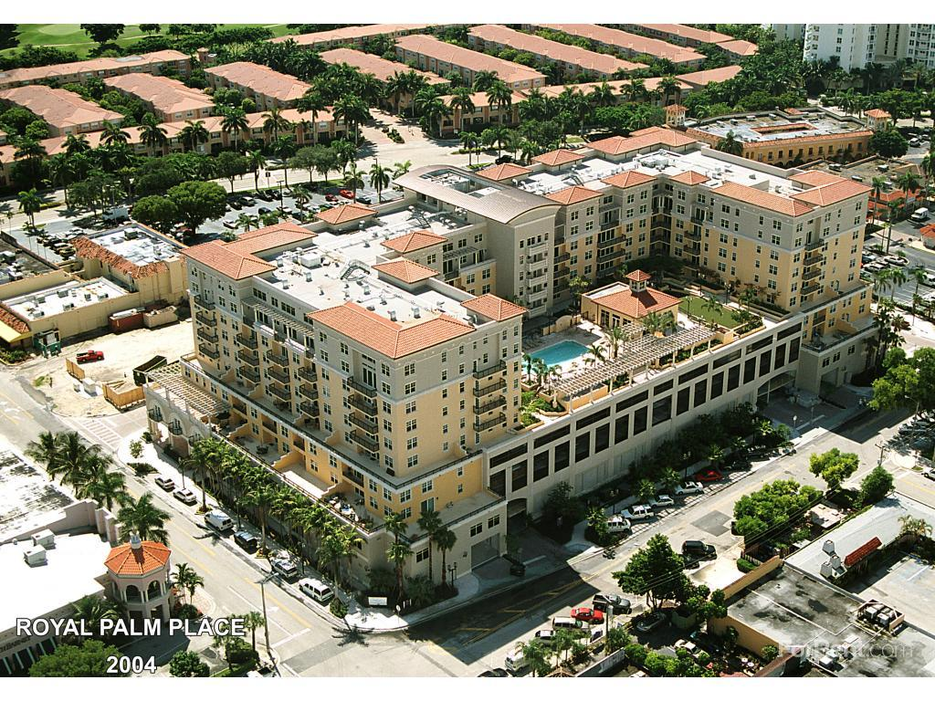 Royal Palm Place Apartments photo #1