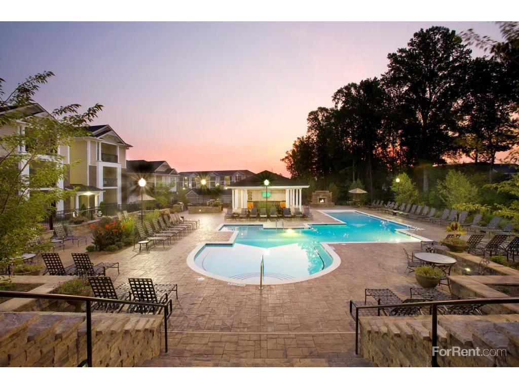 Abberly Place at White Oak Crossing Apartments photo #1