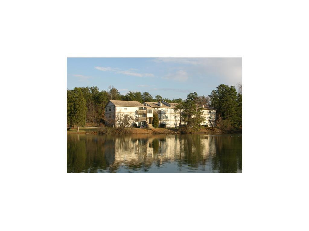 Hidden Lakes Apartments Greensboro
