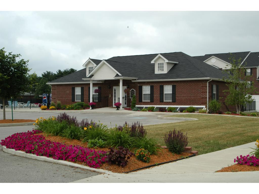 Cross Winds Apartments photo #1