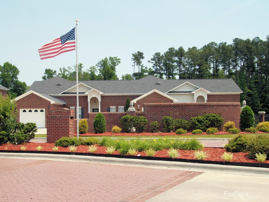 Brookwood Downes North Landing Town Homes Apartments