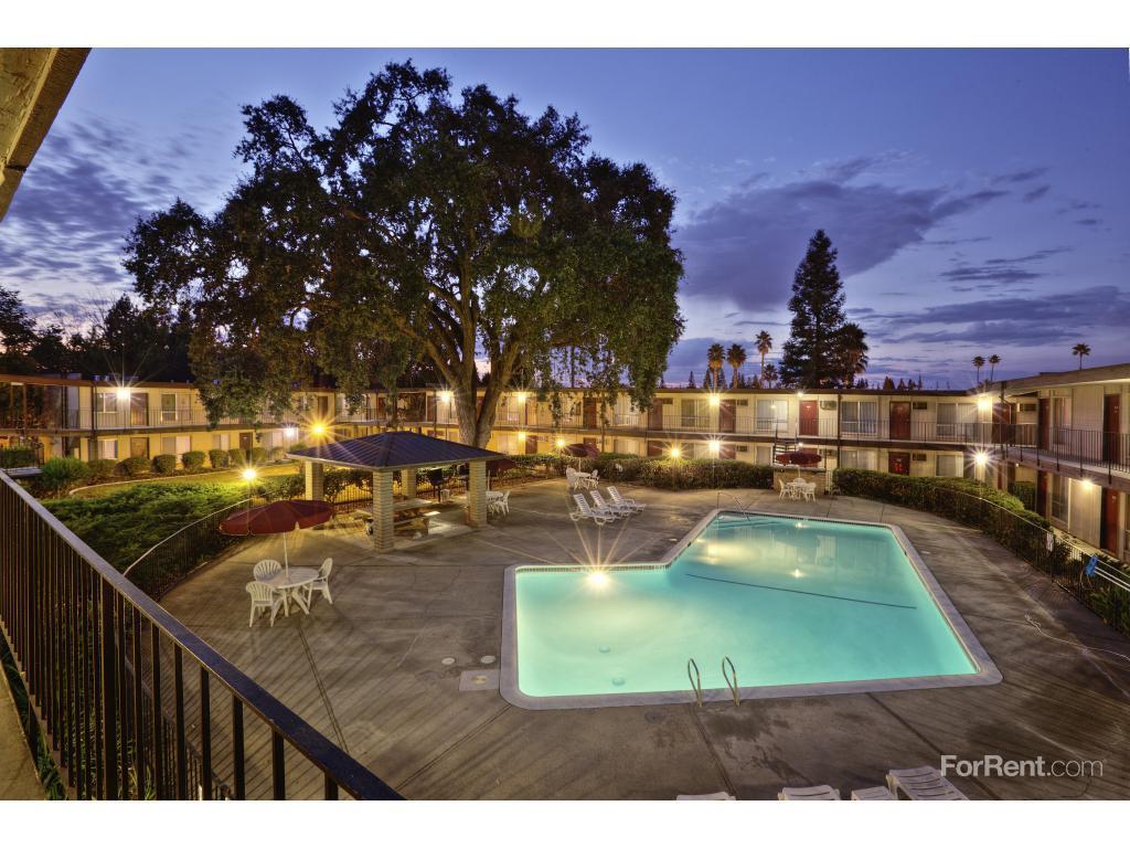 Warren Oaks Apartments Sacramento Ca
