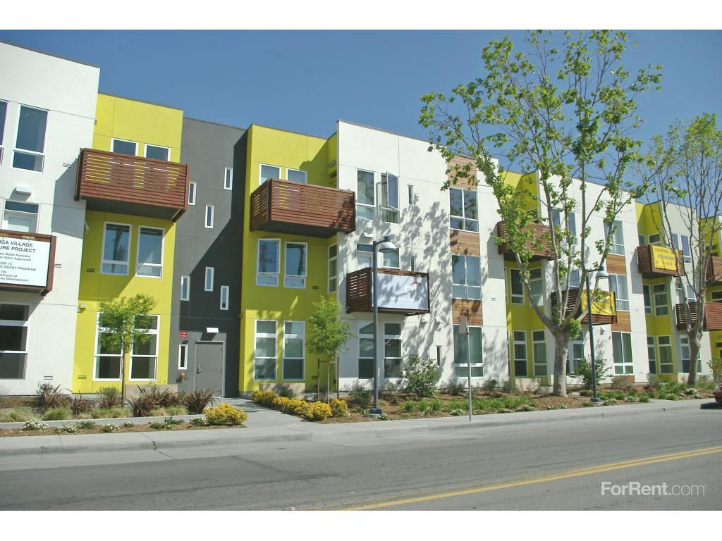 Tassafaronga Village Apartments In Oakland Ca