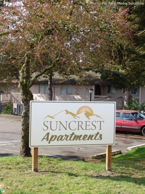Suncrest Apartments photo #1