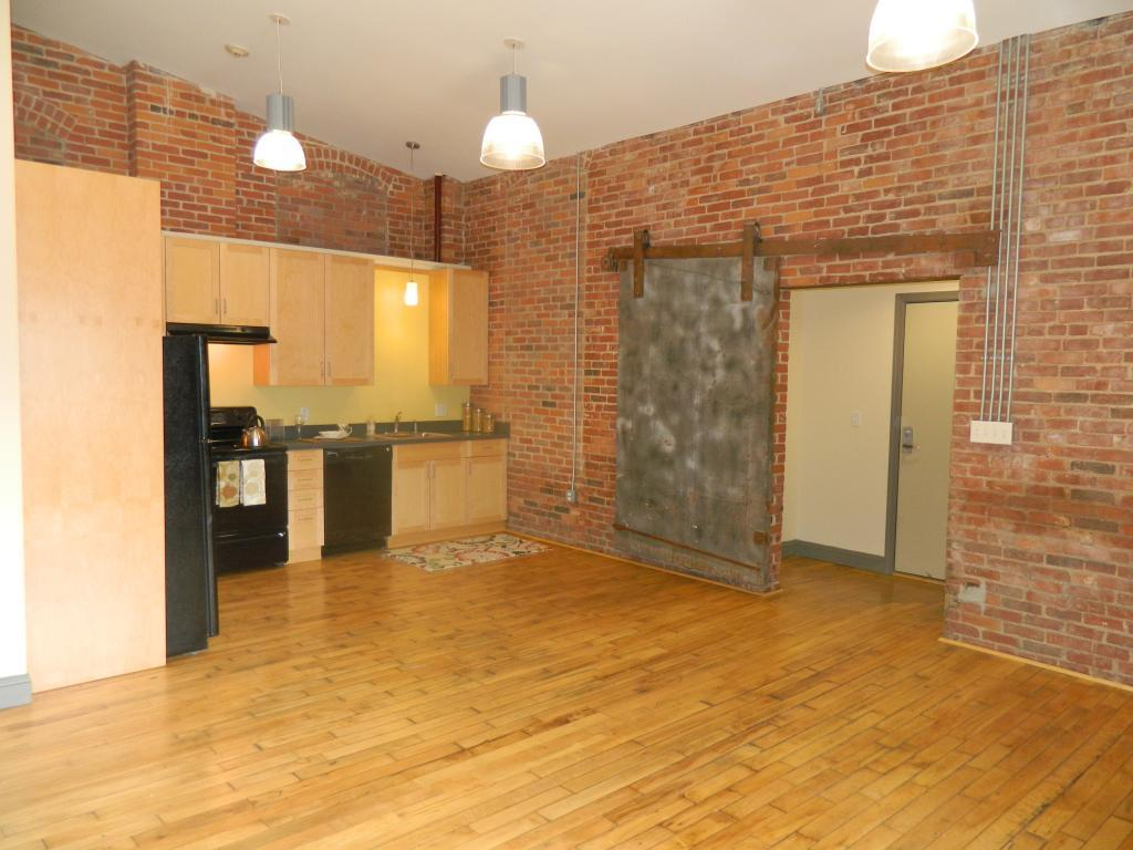Westfield Commons Apartments photo #1