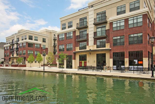 Cosmopolitan on the Canal Apartments photo #1