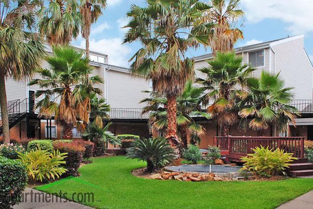 Holly Hall Apartments Houston