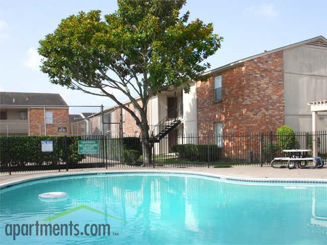 Brays Oaks Village Apartments, Houston TX - Walk Score